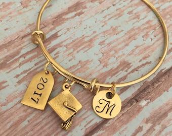 Graduation Bracelet // 2018 Graduation Gift // 2017 Graduation Gift // monogrammed initial // graduation gift // graduation jewelry