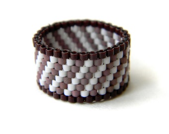 Size 5 womens ring Wide band ring for women Beaded ring Seed bead jewelry Modern ring band Hypoallergenic ring Unusual ring Women pinky ring