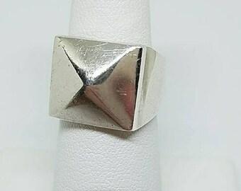 Sterling Silver pyramid ring Sz 6