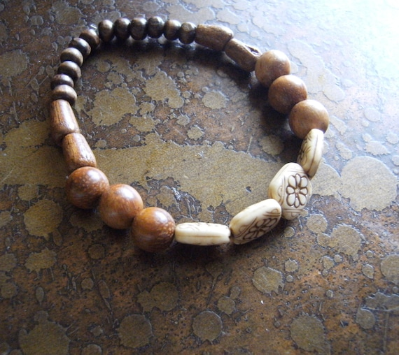 Wooden Delight Wood and Vintage Plastic Beaded Stretch bracelet
