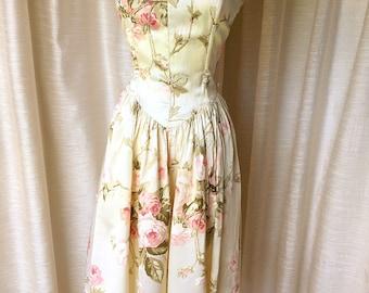 Vintage Floral Summer Dress, 1970's boho sun dress, Bohemian Full dress
