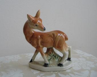 Vintage Deer Statue Ceramic Figurine, Doe Fawn Looking Back, Mid Century Retro Woodlands, Japan
