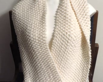 Cream Infinity Scarf Cowl, Cream Chunky Hand Knitted Seed Stitch Cowl,  Soft Women's Scarf