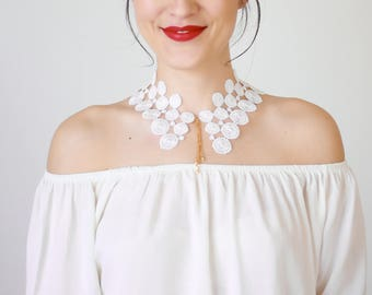 Lace Collar White Collar Vintage Collar Peter Pan Collar Statement Necklace Gift For Her Birthday Gift Sister Gift Bridal Collar / AURORA