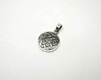 Celtic knot jewelry Pendant celtic Silver Sterling knot