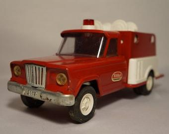 Vintage 1960s Tonka Jeep Fire Pumper no. 1072