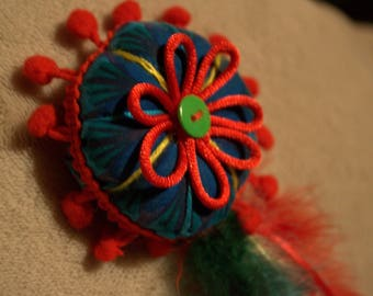 Colorful feather hair clip