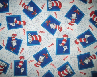 Dr Seuss, Cat In The Hat, FAT QUARTER, FQ, 18X21, Cotton Fabric, White, Blue, Red, Remnant, Scrap, Block, Word,
