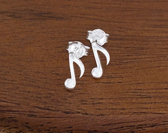 1 pair of 925 Sterling Silver Music Note Stud Earrings 4x10mm., Polish finish :er1063