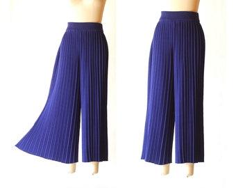 vintage blue pima cotton pleated knit pants  / size medium large