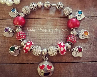 Stainless Steel Personalized Mommy/Nana Snake Bracelet with Birthstones. Comes with Four Charms with Birthstones.