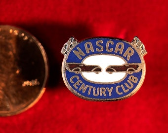 Vintage NASCAR CENTURY CLUB Membership Pin, Oval Design from late 1950's