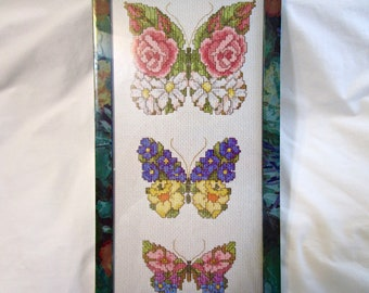 New Counted Cross Stitch Kit Butterfly Flowers Floral with Frame Floss Thread Design Works 9325 Complete! Sealed!