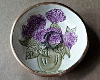 Ceramic  Hydrangea Ring Bowl Ring holder Ring dish edged in gold