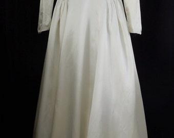 Vintage 1940's Ivory Satin Wedding Gown