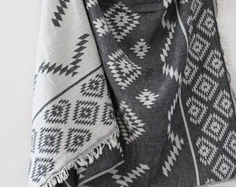 Kilim Aztec Blanket | Black | Boho Blanket | Throw Blanket | Turkish Towel | Aztec Blanket | Beach Blanket | Aztec Towel | Beach Towel