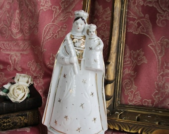 French Madonna and child porcelaine figure.French antique virgin Mary statue.Madonna statue.French antiques.Antique Madonna statue.Splendid.