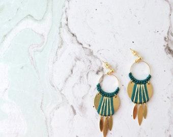 Gewebte Ohrringe Nomad, grüne Ente und Gold, erhältlich in 8 verschiedenen Farben blinken Ohrstecker, Schnallen ethnischen