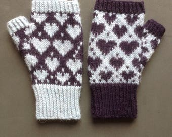 FINGERLESS Mittens with hearts