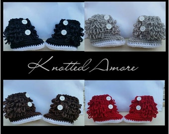 Crochet baby booties, baby girl boots, infant shoes, baby gift, announcement