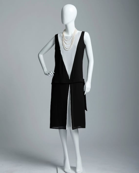 Black and off-white art deco dress Great Gatsby evening