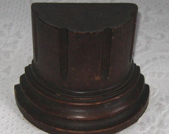 bookend . wood book end . column bookend . pedestal