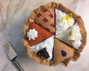 ASSORTED Felt Pie || felt food, tea party food, pretend kitchen, gift for kids, bakery, pie assortment