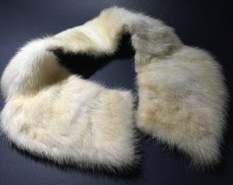 Vintage Fur Collar Hollywood Glam