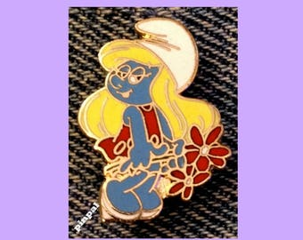 Smurf Brooch Pin by Peyo ~ Smurfette with Flowers ~ Vintage 1980 ~ Cloisonne