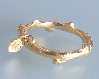 Gold branch ring, Gold Plated twig ring, Gold jewelry, Little gold ring, 18K Gold ring, Ring with pendant, Gold ring