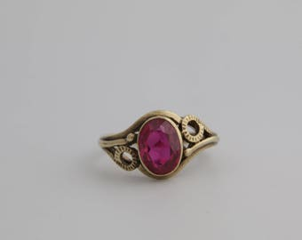 Antique Ruby and 8k gold ring / antique ruby ring / birthstone ring / ruby gemstone ring / Art Deco ruby ring /antique engagement ring/ 2304