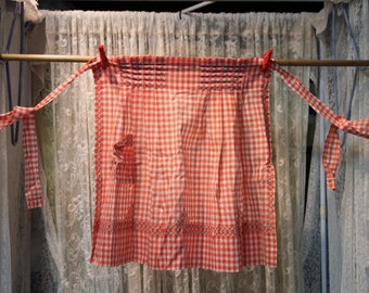 Homemade Orange and White Check Apron 18″ Front, 1 Pocket