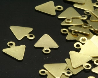 300 pcs raw brass 8 x 9.3 mm triangle tag charms with 1 hole  ,findings 1051R-38 tmlp