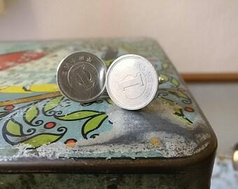 cufflinks with 1 yen coin