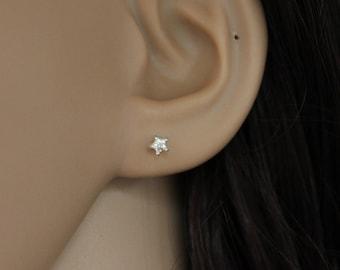 Tiny Star Stud Earrings, sterling silver Star Earrings, Tiny CZ Earrings, Dainty Earrings, Teeny Tiny Stud, children earrings, minimalist