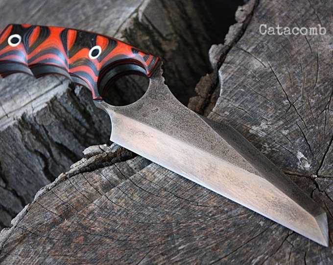 "Handcrafted FOF ""Catacomb"", survival ring blade"
