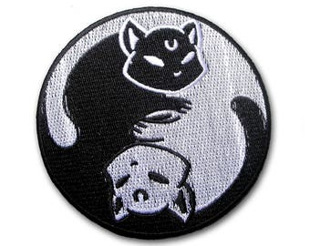 Yin Yang Cats Patch Embroidered Iron on Sew Badge Biker  Kitty Black & White Ohm Racing