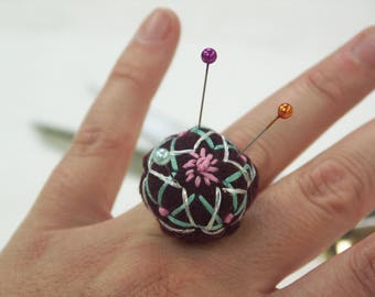 Adjustable Pincushion Ring, Securely holds pins while you sew or pin fabric