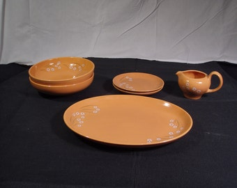 HUGE DISCOUNT!  Russel Wright Iroquois Casual Woodhue Cantaloupe Lot