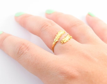FEATHER RING, gold Feather Ring, Adjustable Feather ring, gold feather, feather jewelry, adjustable ring, gold ring, wrap ring ,ring