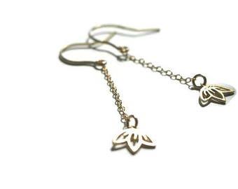 Earrings gold * lotus flower *, fine and gold vermeil Stud Earrings, feminine and elegant jewelry