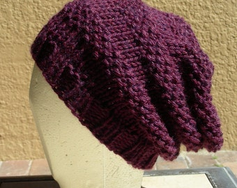 Slouch Hat beanie stocking cap or beret merlot cabernet burgundy plumb hand knit with seed stitch details