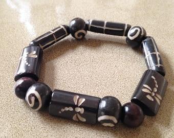 Dragonfly wood beaded bracelet