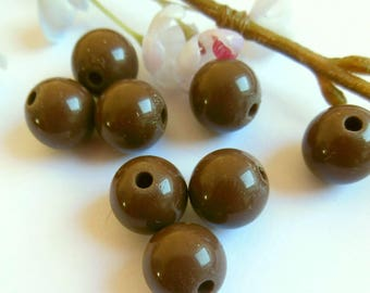 set of 10 Brown acrylic round beads