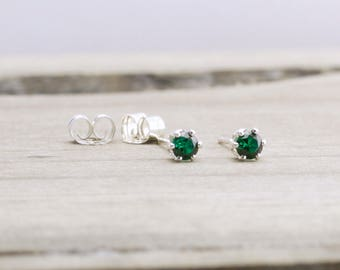 Emerald Stud Earrings May Birthstone Earrings Green Stud Earrings May Birthday Tiny Emerald Earrings Dainty Stud Earrings Green Earrings
