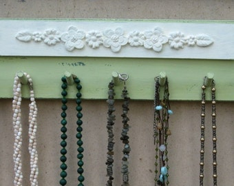 NECKLACE HOLDER Jewelry Organizer And Display Green & Cream Shabby Chic  *** Buy 1 From The Shop And Get 1 Small Gift ***