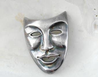 Vintage Mask Brooch - Gift for Women - Face Brooch - Theatrical Mask Pin  - Gift for Actor - Opening Night Gift - Mother's Day Gift