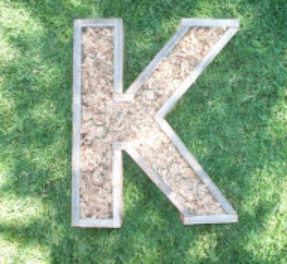 Diy letter larger planter 20 inch monogrammed planter box solutioingenieria Gallery