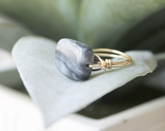 Marbled Grey Rectangle Gold Wire Wrapped Ring | Anti Tarnish Wire Ring