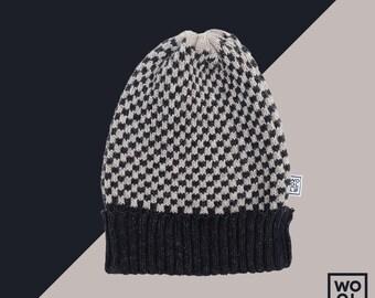 WOOLLO hat // One size // 100% italian wool // Unisex //  Black-white